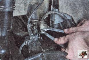 гайка крепления тормозной трубки к верхнему наконечнику тормозного шланга