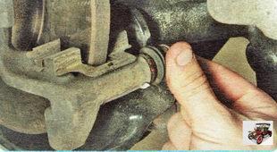 пыльники направляющих пальцев тормозного суппорта