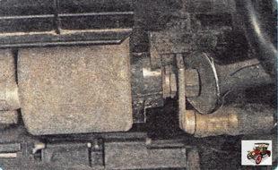 гайка крепления наконечника силового провода тягового реле стартера