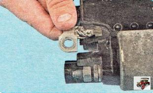 клемма провода щеточного узла стартера