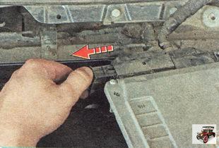 запорная планка колодки проводов разъема ЭБУ