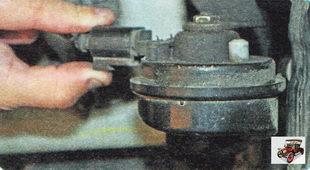 колодка жгута проводов звукового сигнала