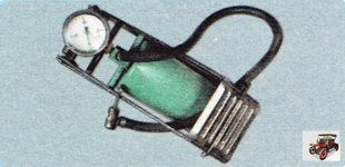 Рекомендуем пользоваться ножным насосом или компрессором со встроенным манометром