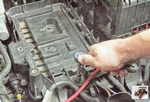 полка аккумуляторной батареи