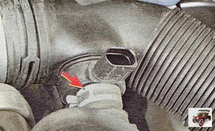 хомут крепления шланга системы рециркуляции выхлопных газов
