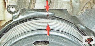метка на шкиве коленчатого вала