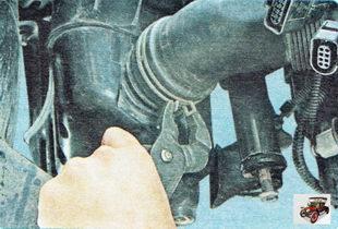 хомут крепления воздухоподводящего рукава к глушителю
