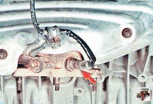 управляющий датчик концентрации кислорода в выхлопных газах (лямбда-зонд)