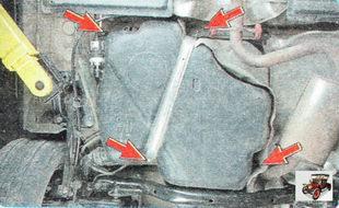 болты крепления растяжки топливного бака и болты крепления топливного бака к кузову