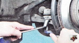 гайка крепления пальца шарнира наружного наконечника рулевой тяги