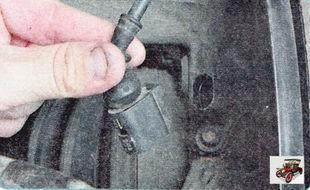 колодка жгута проводов датчика частоты вращения переднего колеса
