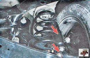 амортизаторы и резиновые втулки нижних креплений