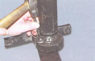 спрессуйте промежуточную опору карданного вала