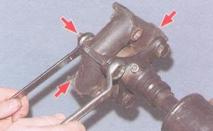 гайки крепления эластичной муфты карданного вала к фланцу переднего карданного вала