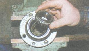сепаратор внутреннего подшипника ступицы