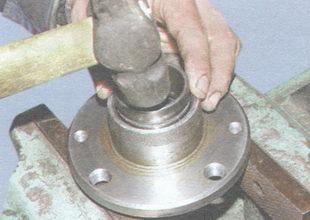 запрессовка кольца наружного подшипника ступицы