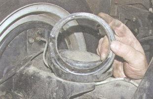нижняя прокладка пружины