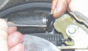 пыльник колесного тормозного цилиндра