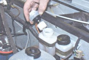 крышка тормозного бачка с поплавком датчика уровня