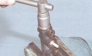 пробка корпуса главного тормозного цилиндра