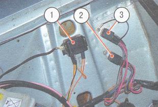 автомобили с пробегом в латвии. ваз 2107 размещение реле вентилятора.