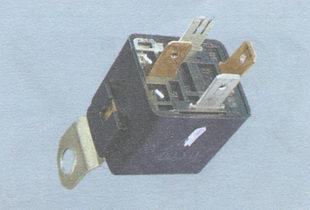 реле включения вентилятора радиатора системы охлаждения двигателя ваз 2106