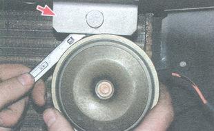 гайка крепления звукового сигнала