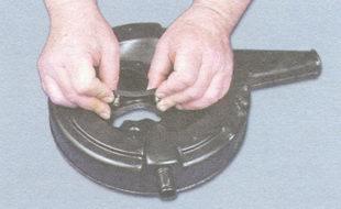 корпус воздушного фильтра ваз 2106