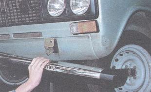 бампер ВАЗ 2106