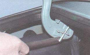 торсион крышки багажника