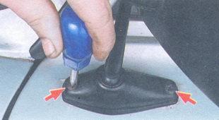 винты крепления зеркала заднего вида ваз 2106