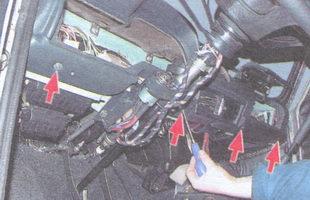 винты нижнего крепления панели приборов ваз 2106 к кузову
