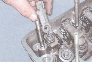 нажимной рычаг клапана