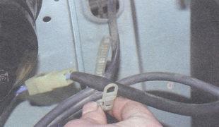 хомут жгута электрических проводов
