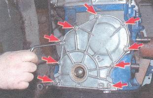 болты и гайки крепления крышки привода распредвала к блоку цилиндров