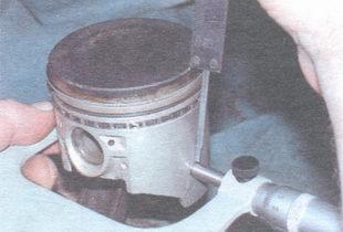 измерение диаметра поршня