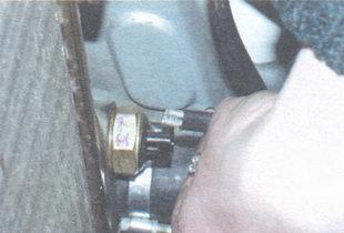 провод датчика включения вентилятора радиатора