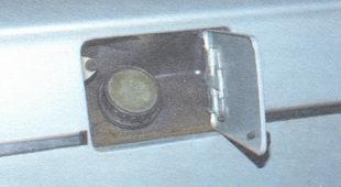 пробка наливной горловины - лючок бензобака
