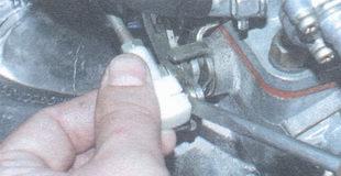 наконечник поперечной тяги привода дроссельных заслонок