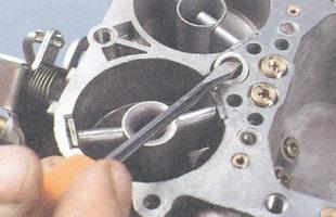 нижняя уплотнительная шайба распылителя ускорительного насоса