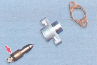 винт регулировки количества смеси вместе с резиновым уплотнительным кольцом