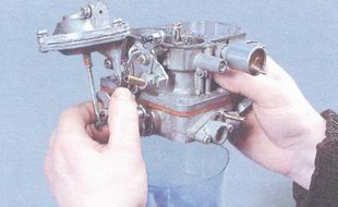емкость для сбора топлива из карбюратора