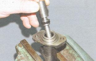 поршень цилиндра сцепления