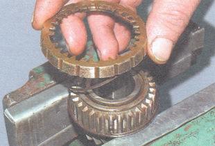блокирующее кольцо